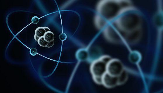¿Cómo está constituido el núcleo de los átomos?