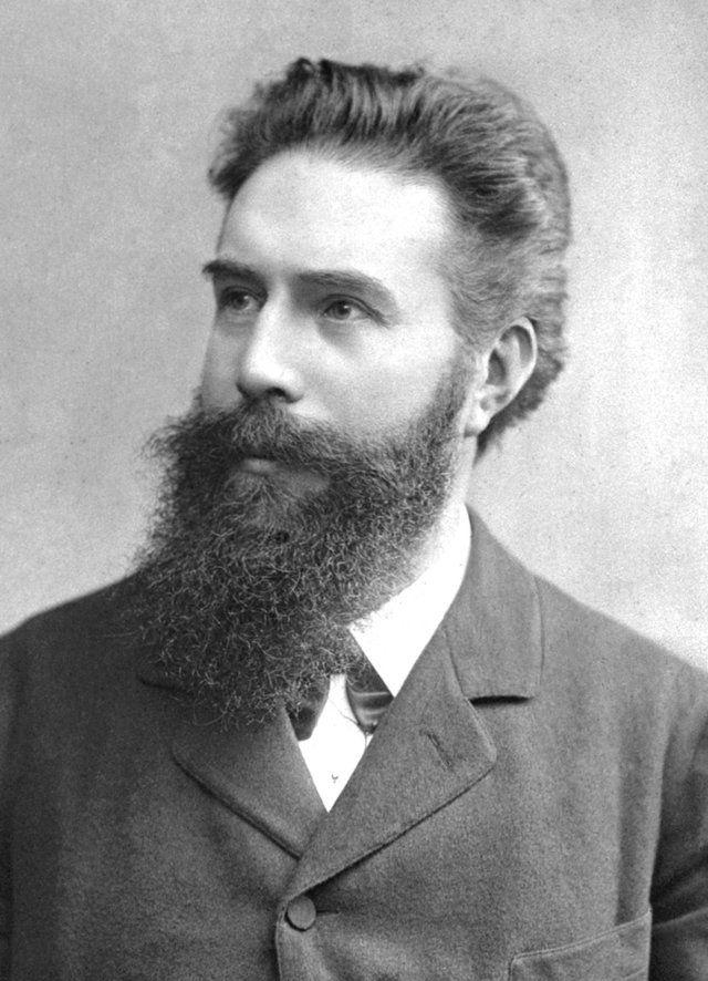 Wilhem Conrad Röntgen