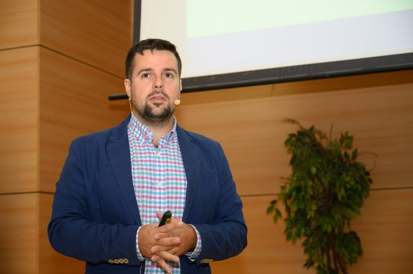 Gonzalo Jimenez profesor e investigador nuclear